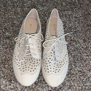 Authentic Gianni Bini Cream Shoes Size: 8
